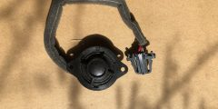 Genuine original Bentley speaker.  Part number 3W0035411Q